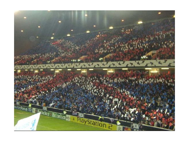 3264544-Rangers_V_Inter_Milan_Card_Display_Glasgow-2.jpg