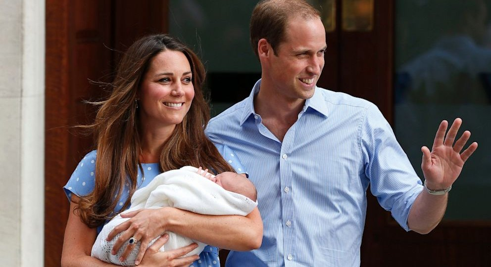 AP_royal_baby_dm_130723_16x9_992.jpg