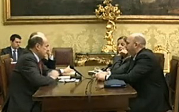bersani_m5s_streaming.jpg
